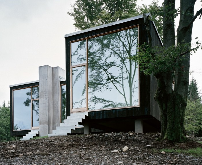 Tag archive for glasparti karlsson dahl i varberg - The scouts tiny house ...